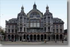 Centraal Station Gevel Astridplein foto
