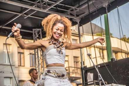 Muziek in de wijk strijkt neer op De Coninckplein