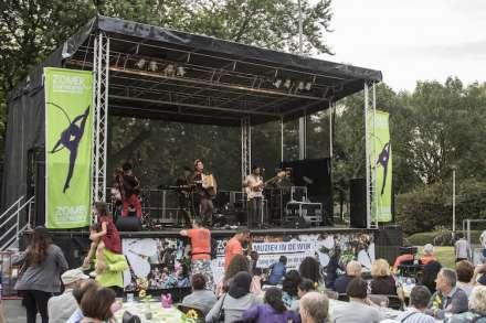 Muziekcaravaan trekt door Antwerpse wijken