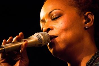 Cassandra WIlson op Jazz Middelheim