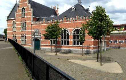 Club Lagare 27 op het Damplein
