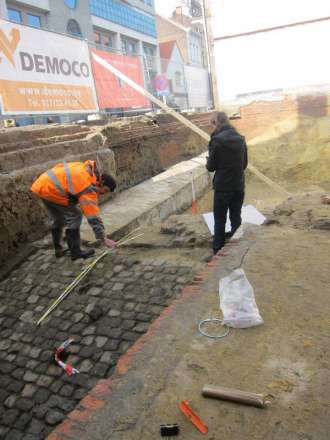 Zuiders Dok werken onthullen stukken Antwerpse Citadel